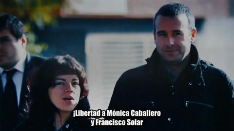 Monica y Francisco a la calle